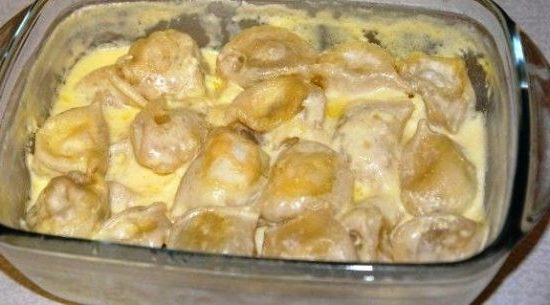 pelmeni so smetanoi